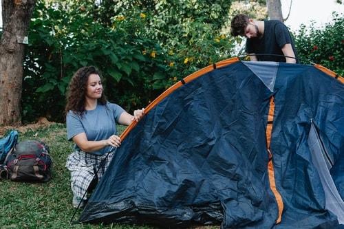 Ohjeet teltan pystyttamiseen